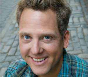 Book or hire standup comedian Andrew Kennedy