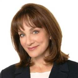 Book or hire Dr. Nancy Snyderman