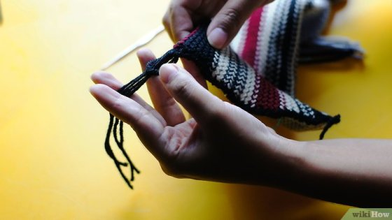 Immagine titolata Add Fringe to a Crochet or Knit Project Step 12