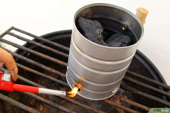 Immagine titolata Create a Strong Burning Charcoal Fire Step 4