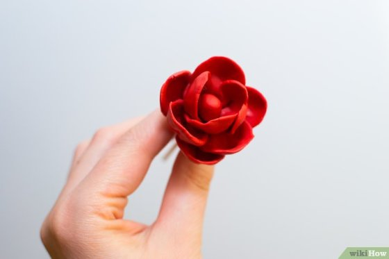 Immagine titolata Make Roses out of Fondant Step 12