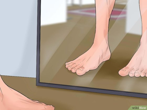 Immagine titolata Train Your 'V Shaped' Walking Style to a Straight Style Step 1