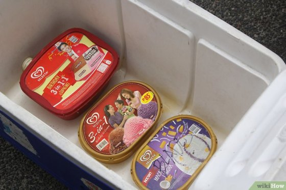 Immagine titolata Keep Ice Cream from Melting in a Cooler Step 4