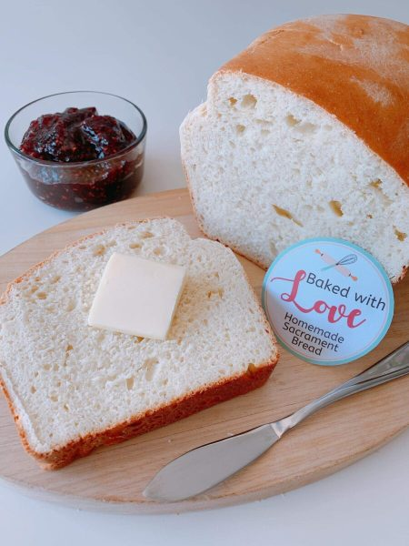 24 Book of Mormon Treats your Family will Love featured by Come Follow Me FHE: homemade bread and jam