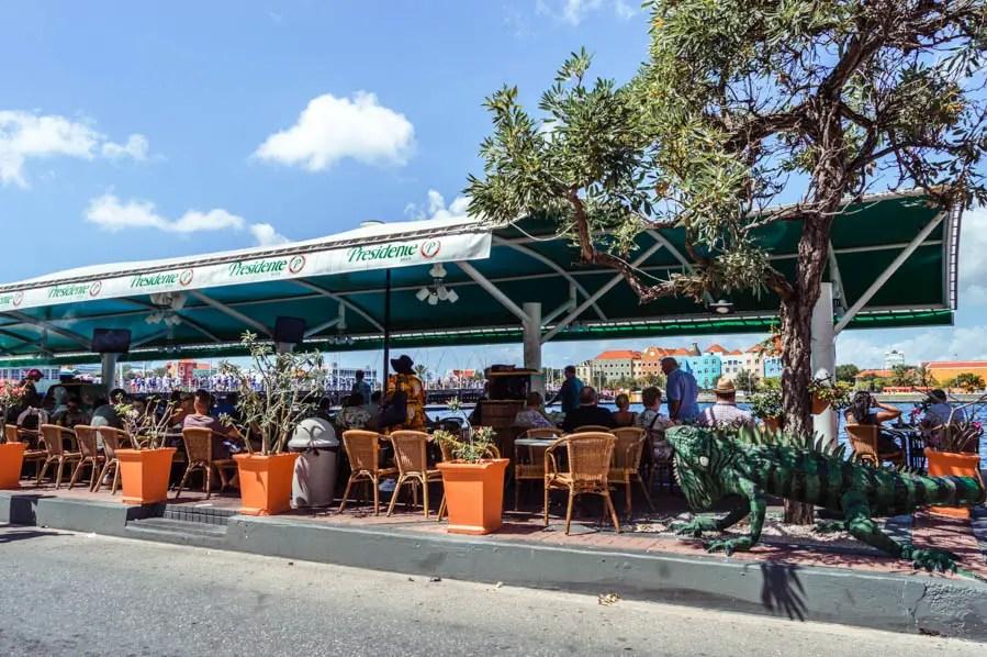 Igauna Cafe Willemstad