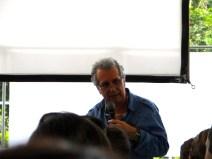 William Cornejo explicando orígenes de la violencia