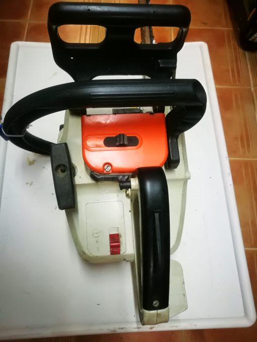 Motosierra STIHL 009 LES Comercial Llama