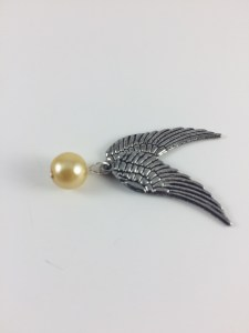 Golden snitch DIY neckace