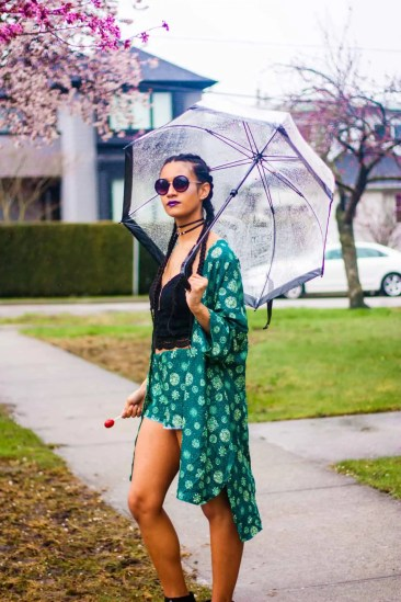 Protective Style | Green Patterned Tilda Kimono | Melanin Model