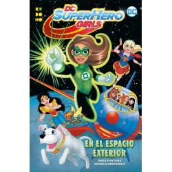 DC SUPER HERO GIRLS: EN EL ESPACIO EXTERIOR