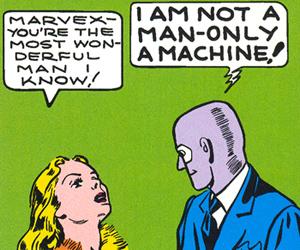 """Dans l'épisode suivant, Clara revient à la charge en le traitant d'homme le plus merveilleux qu'elle connaisse. Marvex, qui a un aspect encore plus robotique qu'avant, est obligé de mettre à nouveau les points sur les """"I"""". Bon sang Clara, quand allez-vous comprendre ???"""