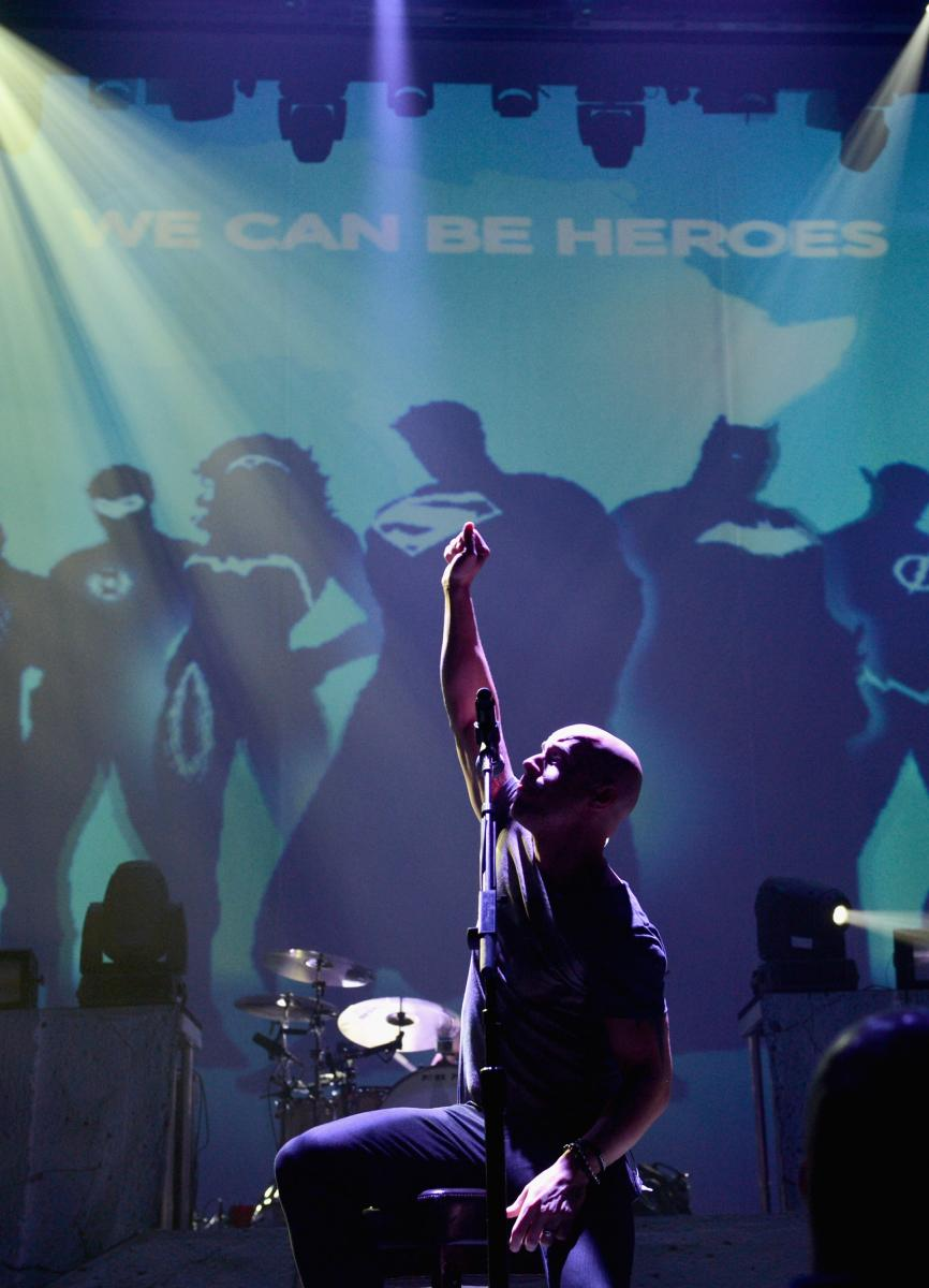 ChrisDaughtryWCBH Chris Daughtry and DC Entertainment CAN BE HEROES