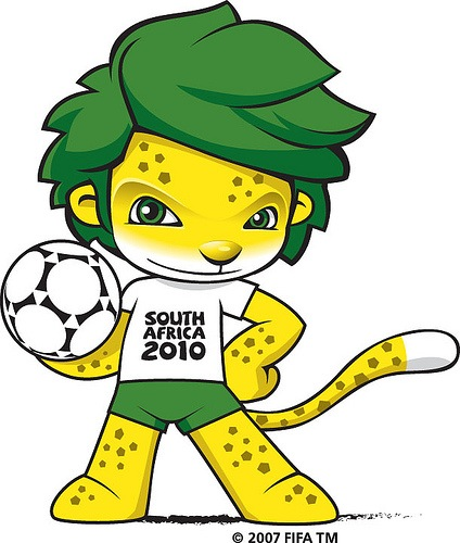 World-Cup-Mascot-wallpaper-4-424x500.jpg