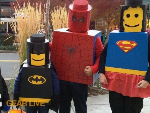 lego-superhero-halloween-costumes-036_medium.jpg