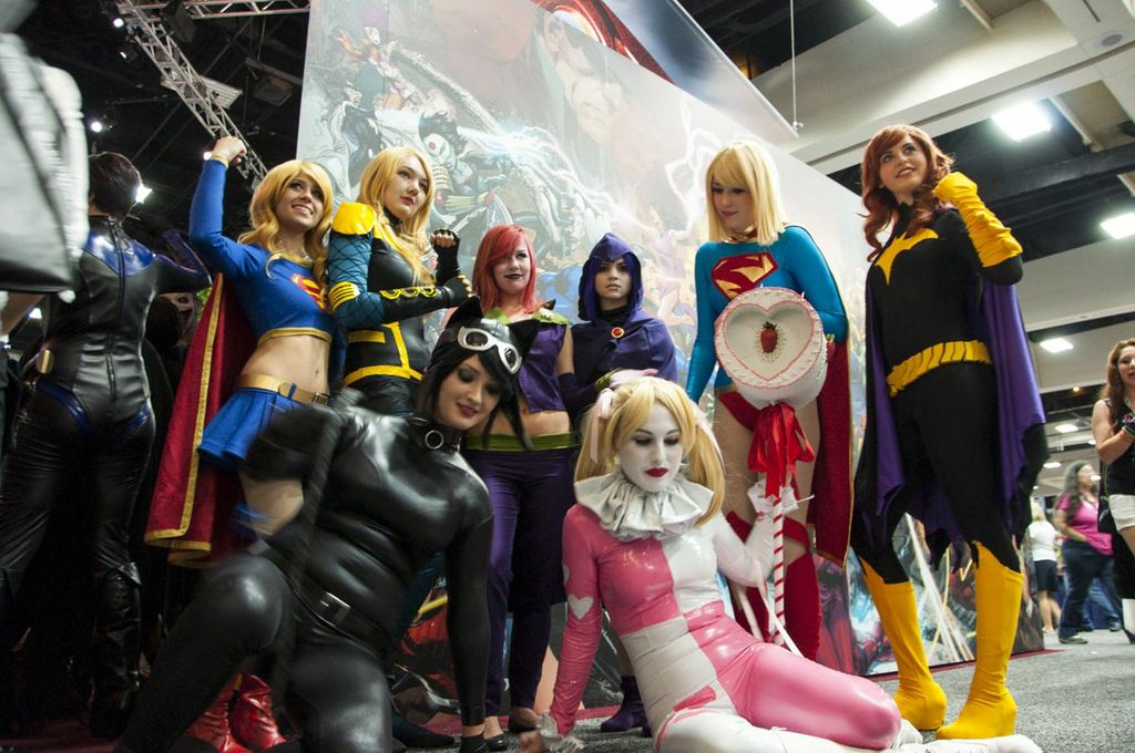 SDCC, SDCC2013, San Diego Comic Con, DC, cosplayers, women of DC, Supergirl, Catwoman, Batgirl, Harley Quinn, Raven, Black Canary