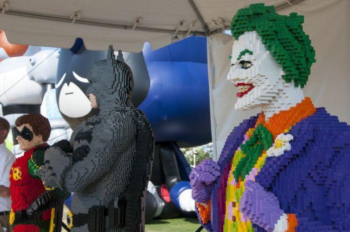 SDCC, SDCC2013, San Diego Comic Con, Lego, Batman, Joker, life-size lego sculpture