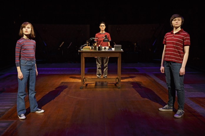Fun_Home_0088_-_Sydney_Lucas__Beth_Malone__Emily_Skeggs_Photo_Credit_Joan_Marcus.jpg