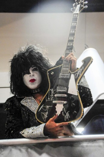Kiss band member look-a-like on the 2nd floor of Entertainment Earth booth, here to celebrate the kiss line of merchandise.