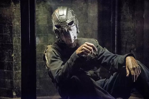 man-in-the-iron-mask-the-flash-s2e14