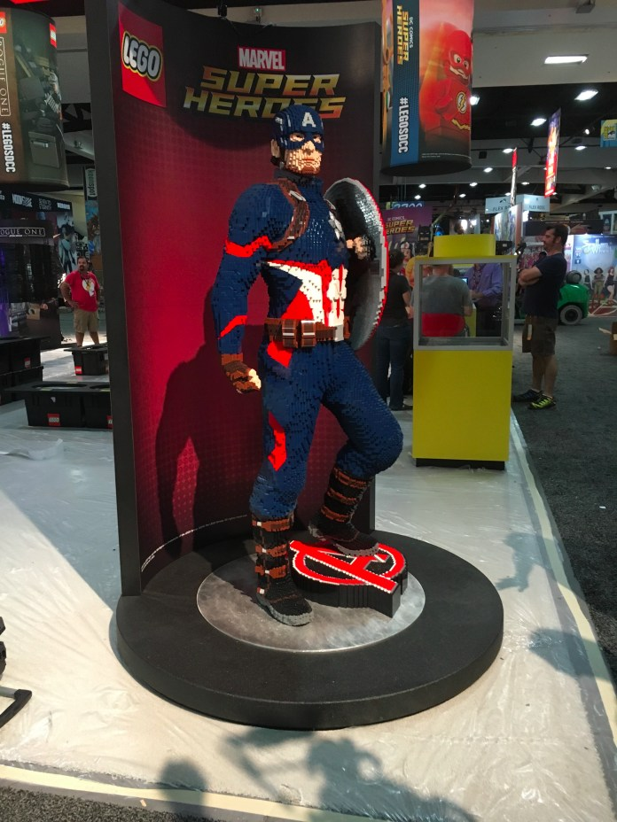 SDCC2016-d01preview-16.JPG