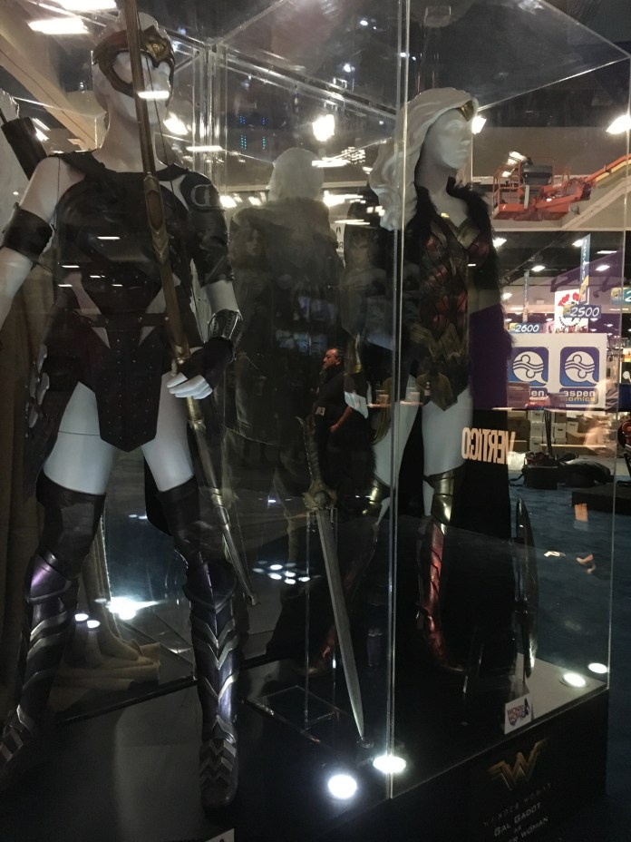 SDCC2016-d01preview-48.JPG