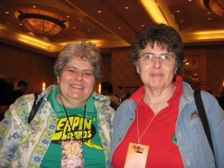 Ellen and Irene Vartanoff SPX 2007.jpg