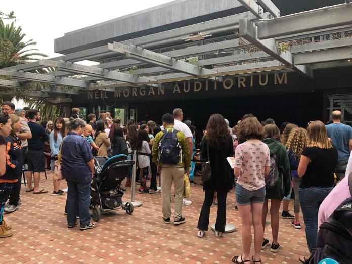 Crowd at the Raina Telgemeier spotlight on Tuesday
