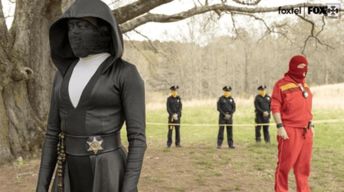 Angela and the police survey Judd's murder scene in Watchmen episode 2