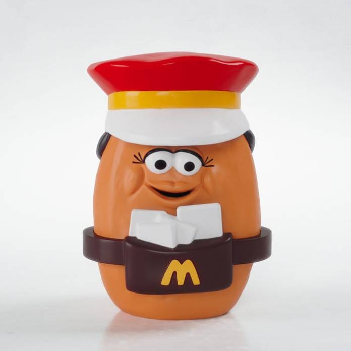 Mcdonald S Courts Millennial Nostalgia With Throwback Happy Meal