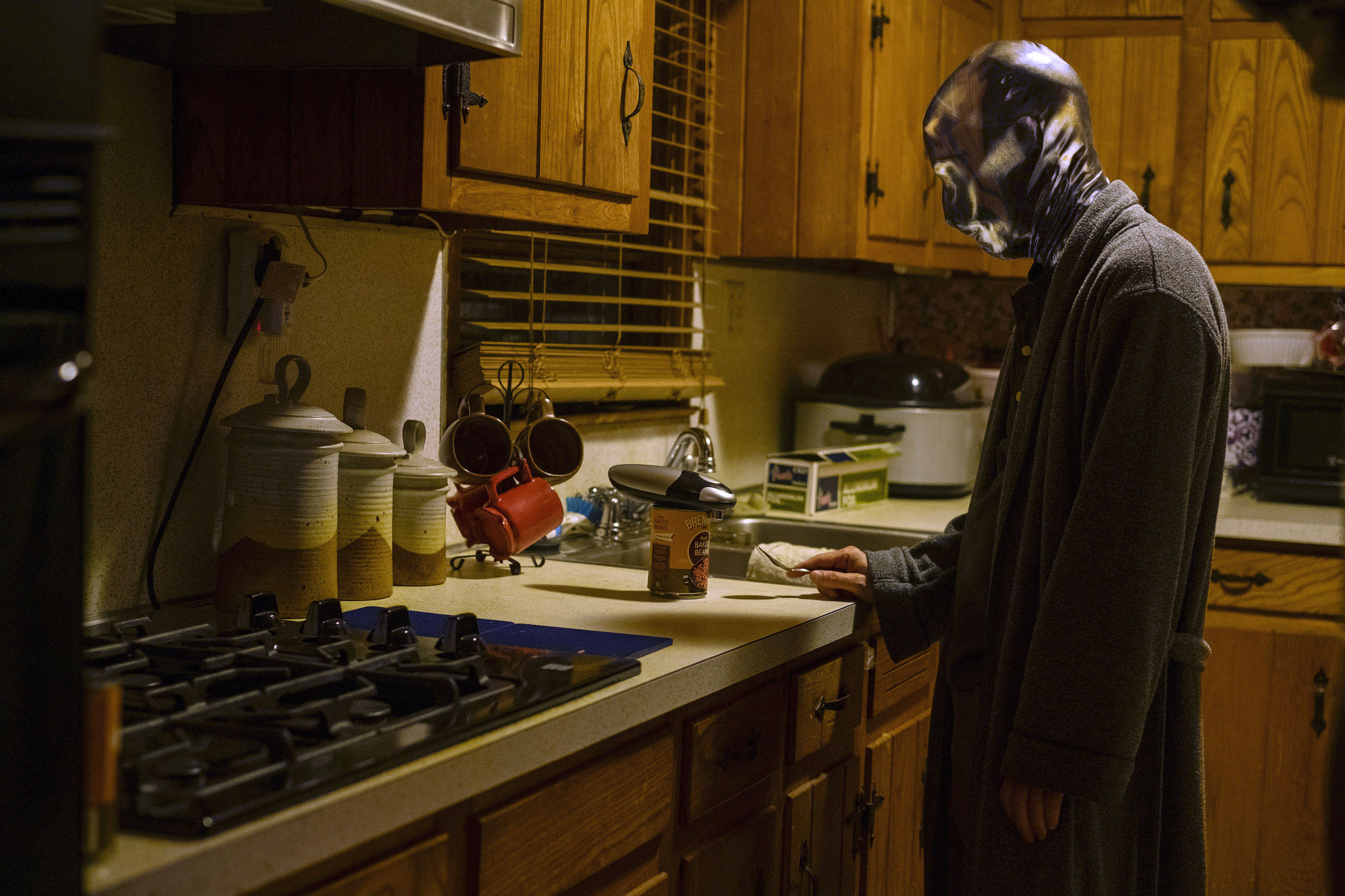 Looking Glass at home on Watchmen