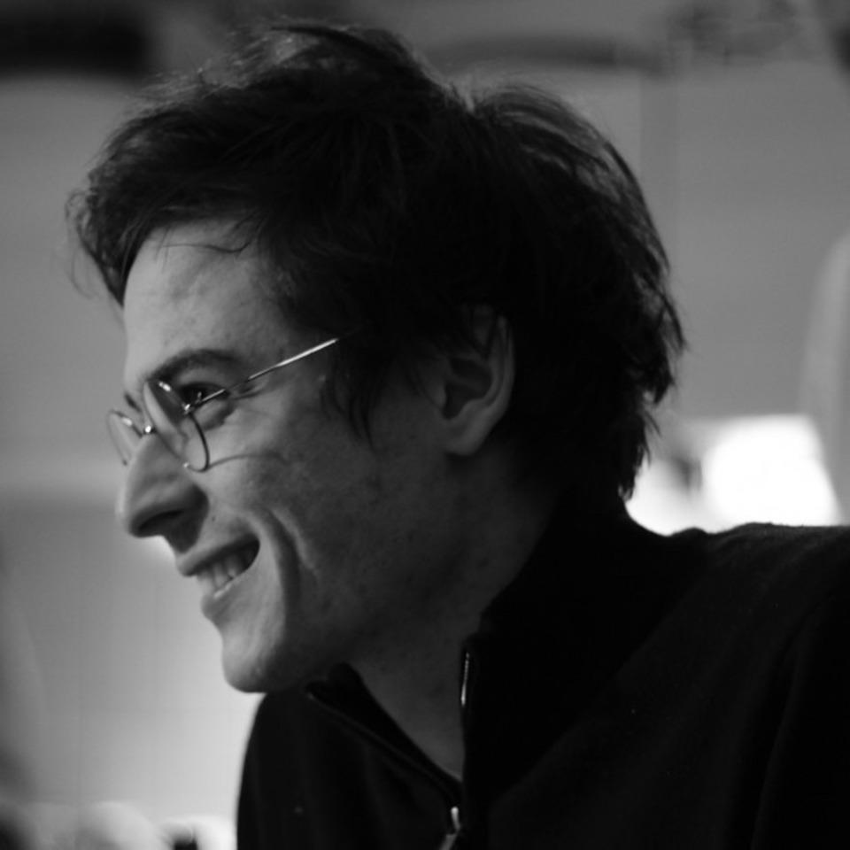 Lucas Harari photo