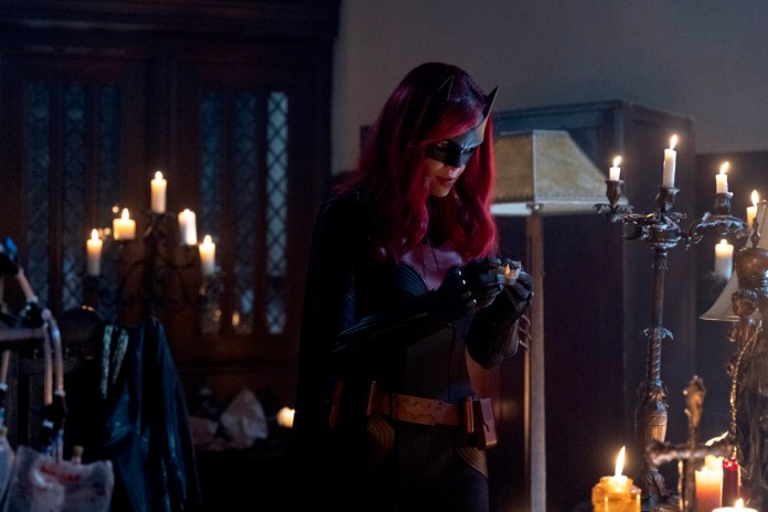 Batwoman S1E13