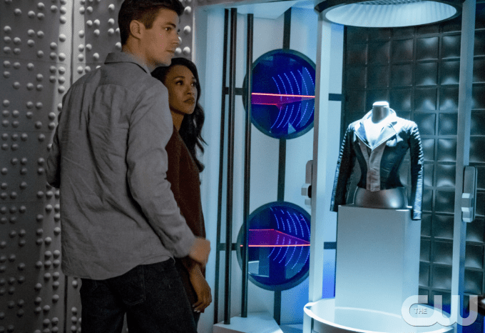 barry and iris inside the time vault