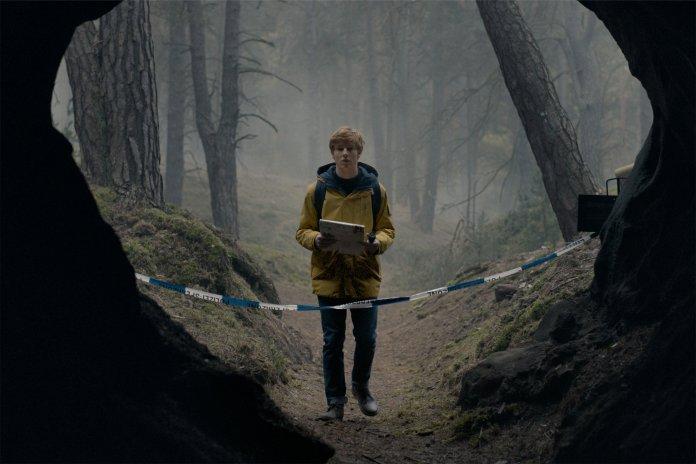 dark tv series' jonas outside the winden caves