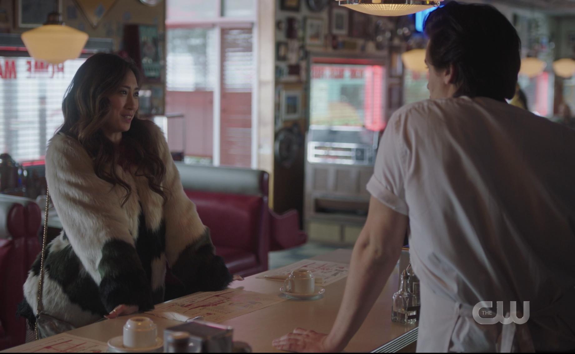 Jughead's ex Jess visits Riverdale