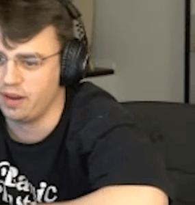 Papaplatte riskiert absichtlich Twitch-Bann im Livestream 7
