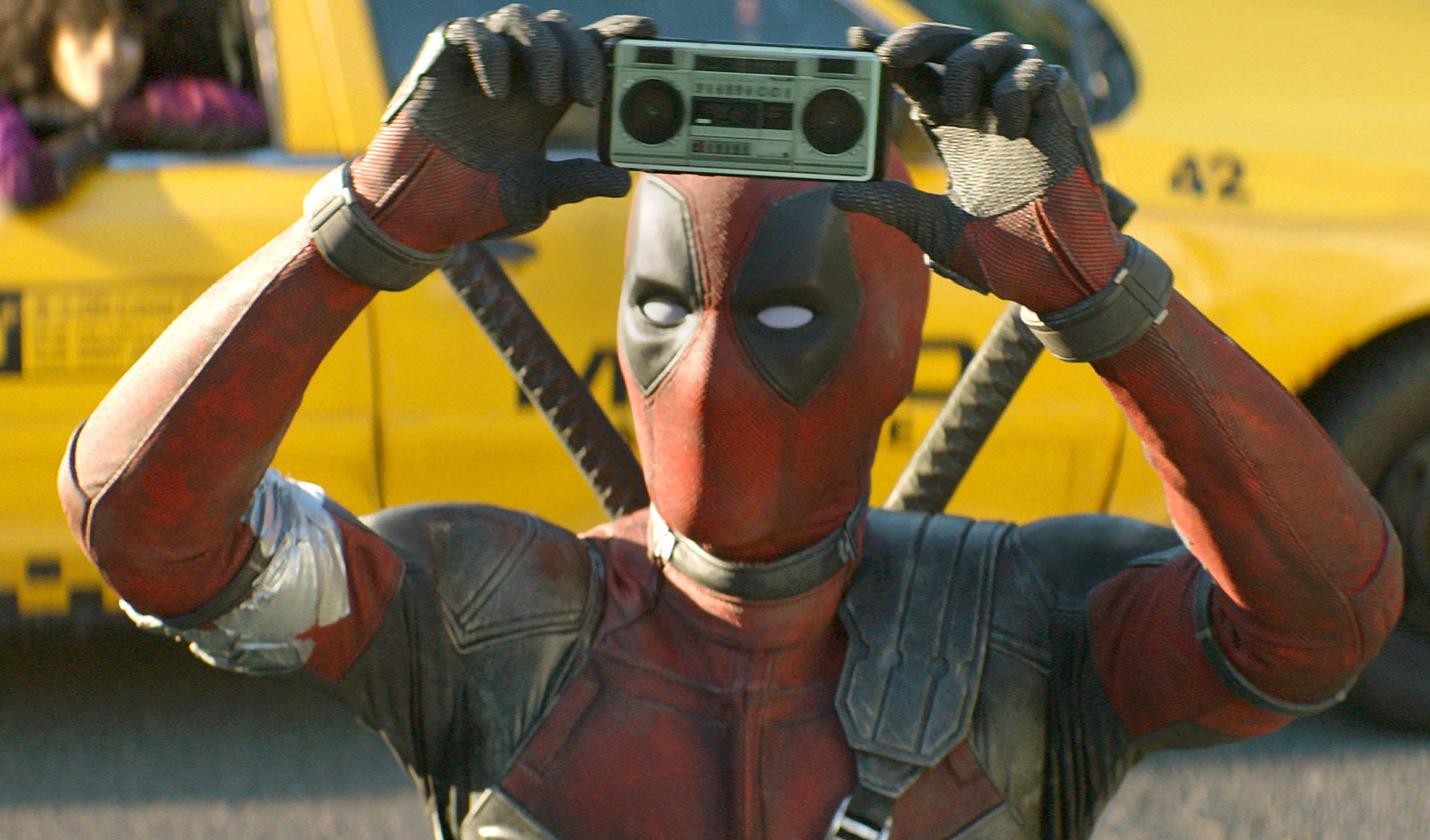 Deadpool 2 cinecomics con Ryan Reynolds: 4 nuovi action spot in italiano