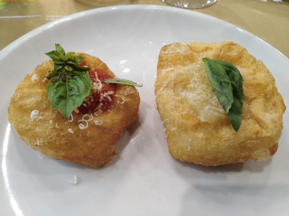 pizzeria-da-zero-a-vallo-pizzette-fritte-cilentana-e-cipolla-di-vatolla