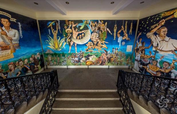 Mural genesis e historia hombres maiz comitan