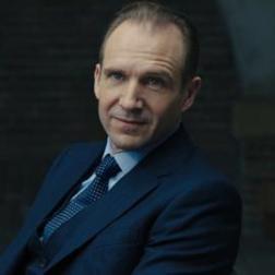 Lieutenant Colonel Gareth Mallory Skyfall (joué par Ralph Fiennes)