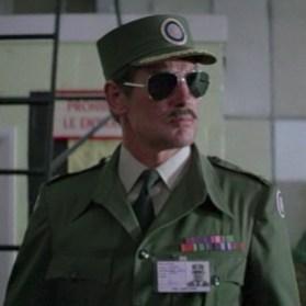 Colonel cubain (?) Toro Octopussy
