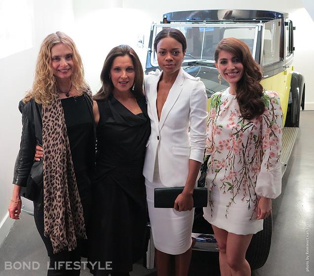 Maryam D'Abo, Barbara Broccoli, Naomie Harris et Caterina Murino, éclatantes comme toujours