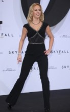 Isabel+Edvardsson+Skyfall+Germany+Premiere+Ljsud9Ex17Vl