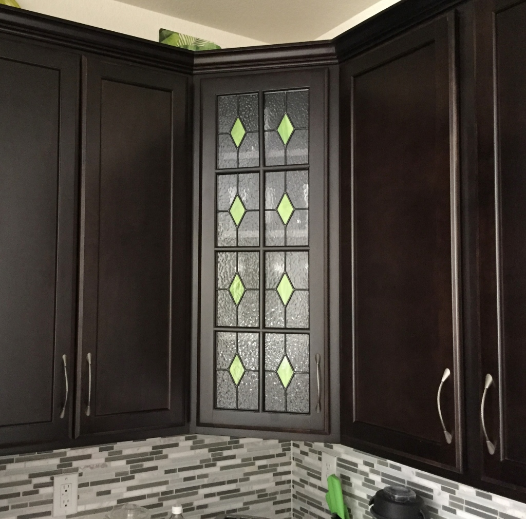 custom-stained-glass-cabinet-doors