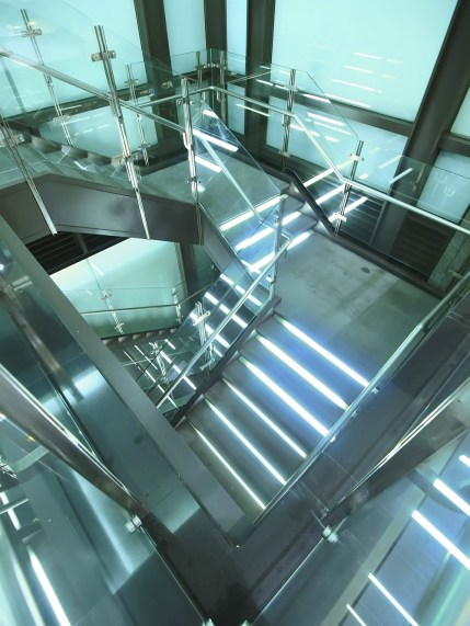 Commercial Glass Guardrails - A Cutting Edge Glass of Las Vegas, Nevada