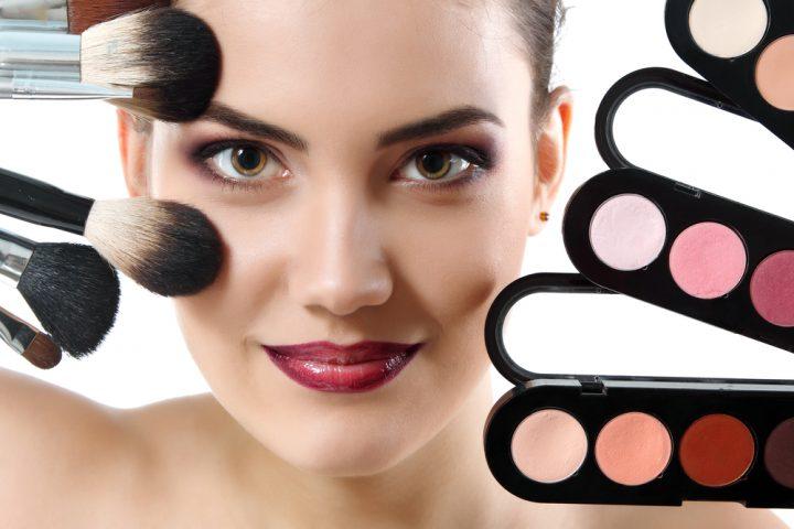 Aprire la partita iva per make up artist con regime forfettario
