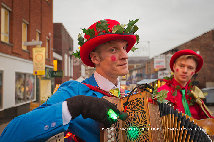 Altrincham-Stamford-Quarter-christmas-lights-lantern-parade-2013-blog-005