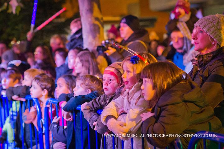 Altrincham-Stamford-Quarter-christmas-lights-lantern-parade-2013-blog-012