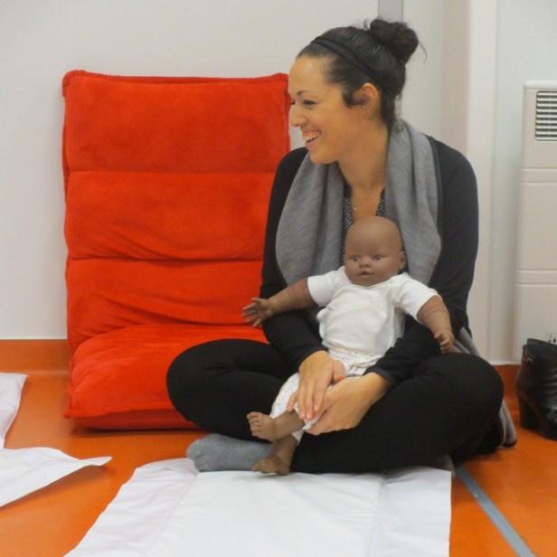 """Atelier apprentissage massage bébé Bordeaux- avec une de mes mascottes """"Mael"""" Comme un cocoon"""