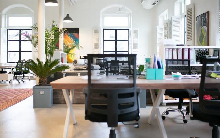 Leeres Büro commma Personalentwicklung